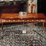 入荷♪ルイ16世スタイル ダイニングテーブル